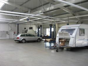 Hier können wir Fehlerdiagnosen, Inspektionen sowohl für ihr Auto als auch für ihr Reisemobil durchführen.