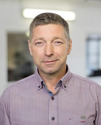 Mr. Kosmalla (CEO)