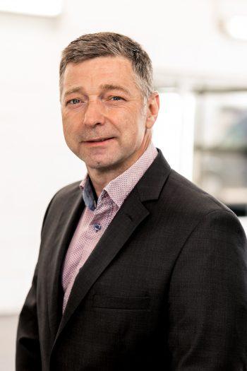 Herr Kosmalla (Geschäftsführer)